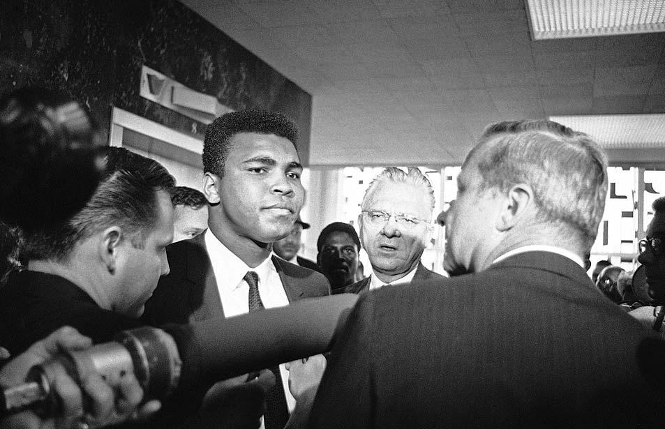 Muhammad Ali explains his refusal to fight in Vietnam (1967)