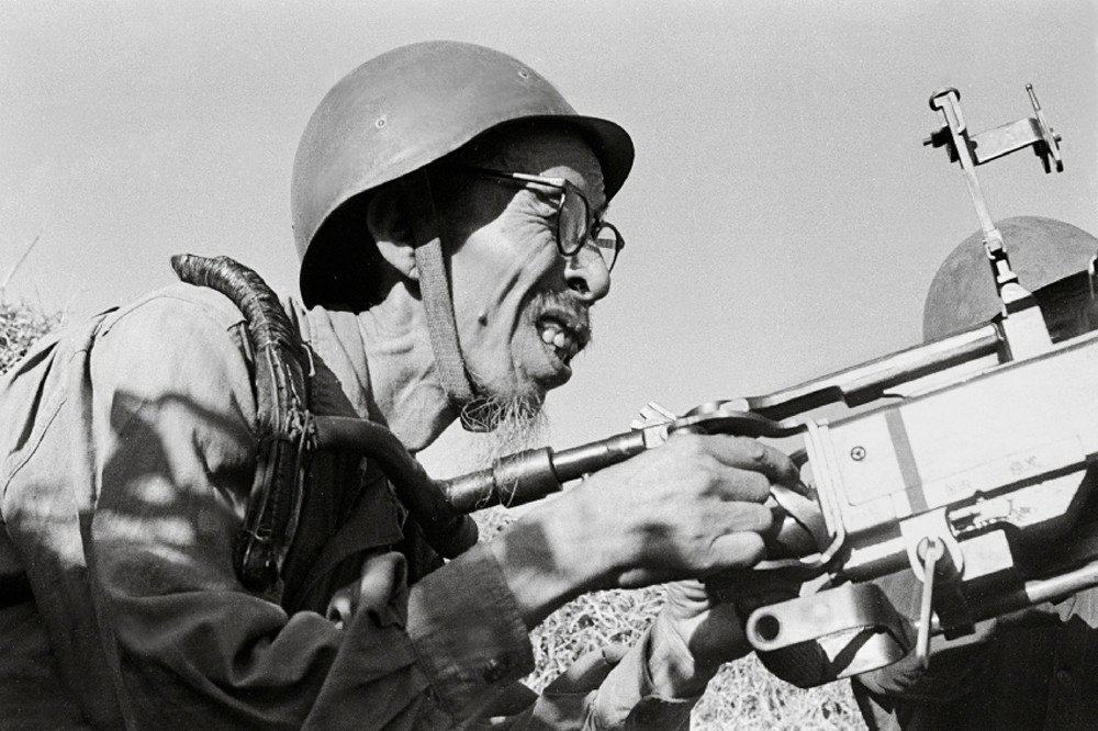40 Striking Photos Of War Seen From The Perspective Of The North