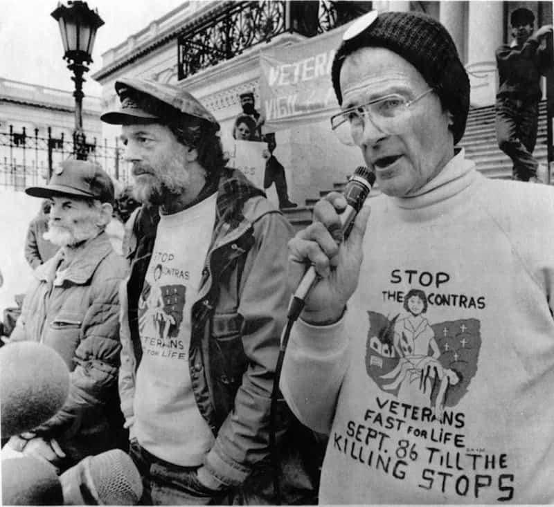 Charlie Liteky, 85, Dies; Returned Medal of Honor in Protest