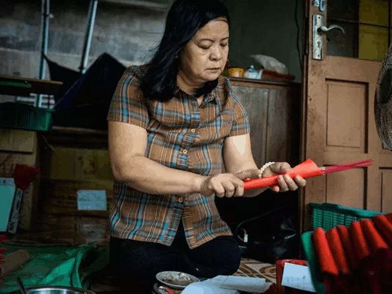 In Vietnam, war still right beneath surface