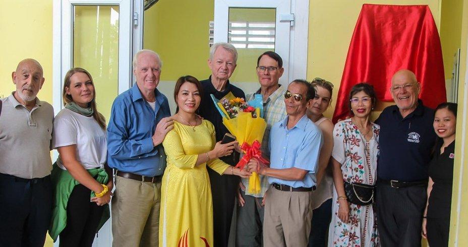 VFP 160 helps renovate Quang Tri Blind Center, provides bikes